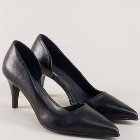 Кожени дамски обувки на висок ток в черен цвят 7622ch