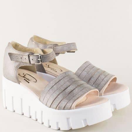 Сребристи дамски сандали със затворена пета 762981brz