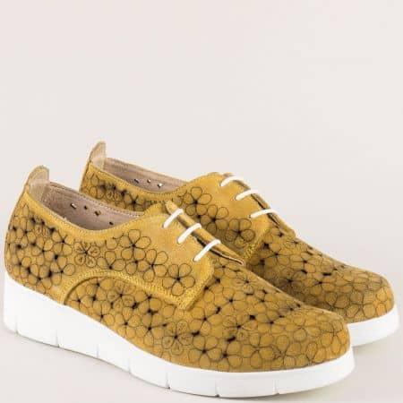 Жълти дамски обувки с връзки на бяло ходило- Nota Bene  76631058vj