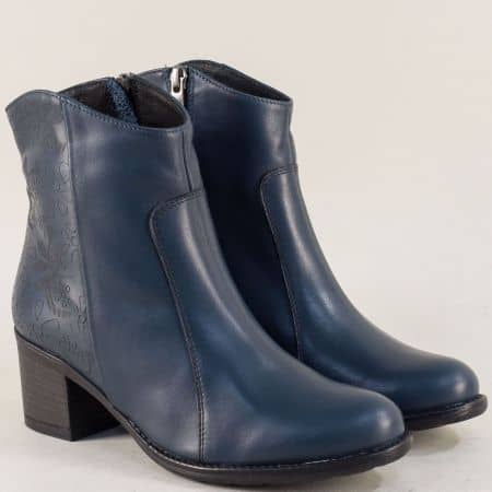Сини дамски боти от естествена кожа на среден ток 77092s