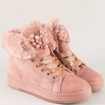 Розови дамски кецове със сатенени връзки и пухче 785rz