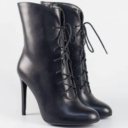 Дамски боти в черен цвят на елегантен висок ток 797156ch