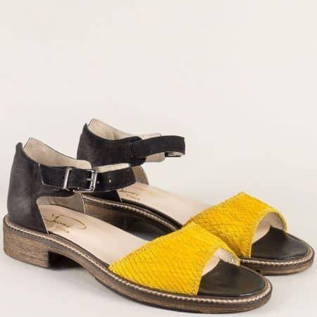 Дамски сандали със затворена пета в черно и жълто 7fl1chj
