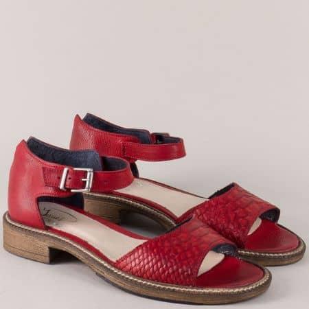 Дамски сандали на нисък ток от червена естествена кожа 7fl1chv