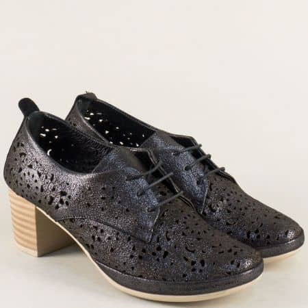 Перфорирани дамски обувки на среден ток в черен цвят 80855ch