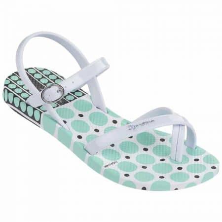 Детски удобни сандали от висококачествен силикон на Ipanema в зелено и бяло  81715225430