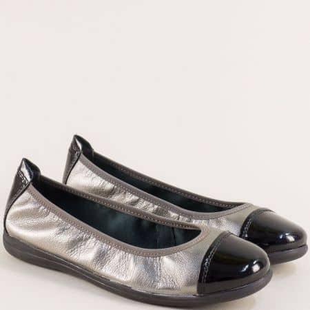 Равни дамски обувки от естествена кожа в бронз и черно 822100brz