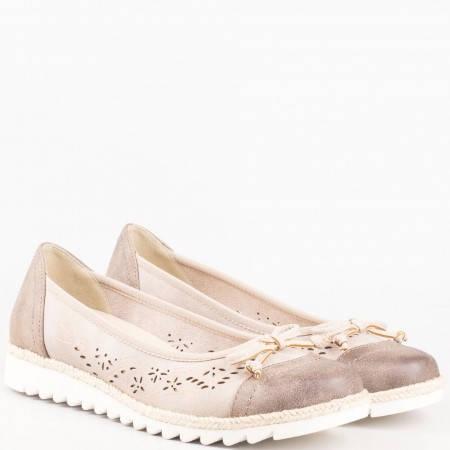 Немски ежедневни обувки с перфорация и панделка в кафяво 822107k