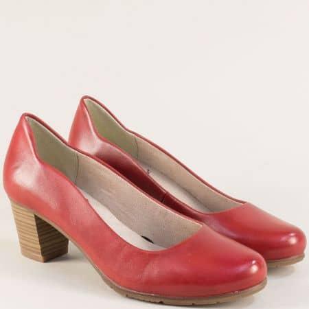 Червени дамски обувки на среден ток от естествена кожа 82240422bd