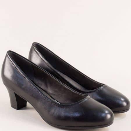 Черни дамски обувки на среден ток от германския производител JANA 822450ch