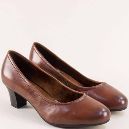 Обувки със среден ток от естествена кожа в кафяв цвят колекция SoftLine на JANA 822450k
