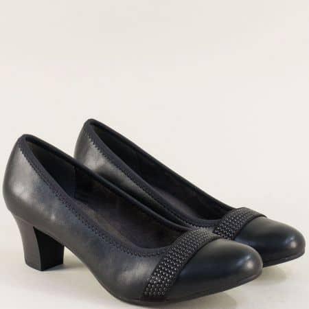 Дамски обувки с декорация на среден ток в черен цвят 822464ch
