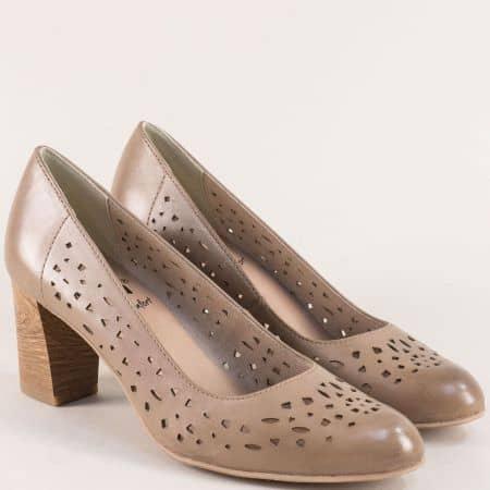 Кафяви дамски обувки от естествена кожа с перфорация 822491k