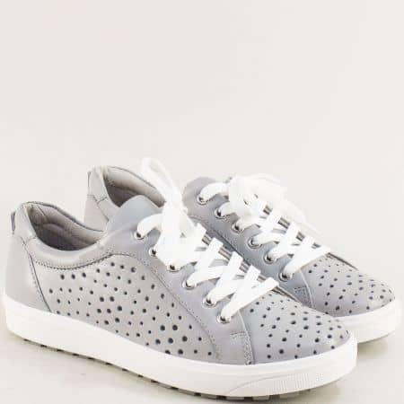 Сиви дамски обувки от естесвена кожа с перфорация- JANA 823615sv