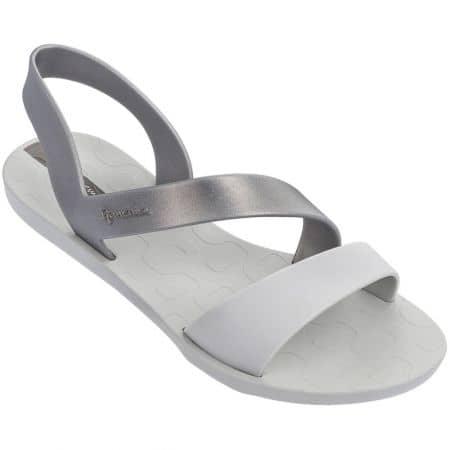 Равни дамски сандали в бяло и сребро- IPANEMA 8242923998