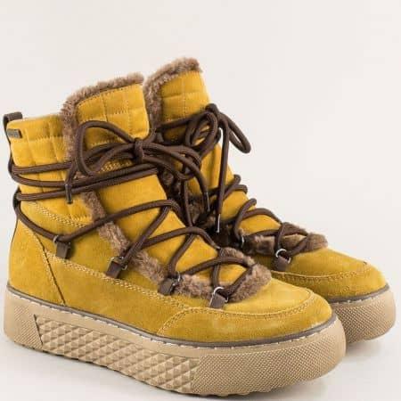 Жълти дамски боти от естествен велур на платформа- JANA 826244vj