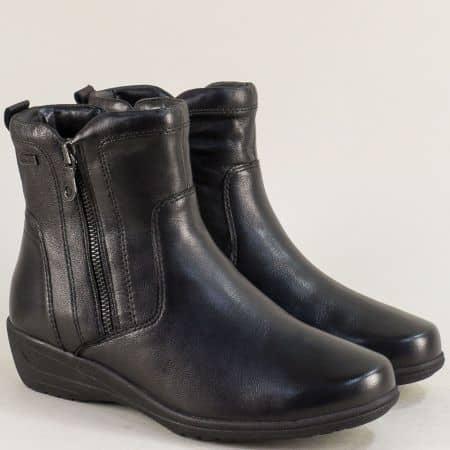 Дамски боти Jana от естествена кожа на клин ходило в черен цвят 826424ch