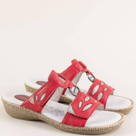 Дамски чехли от естествена кожа в червен цвят с лепки 827111chv