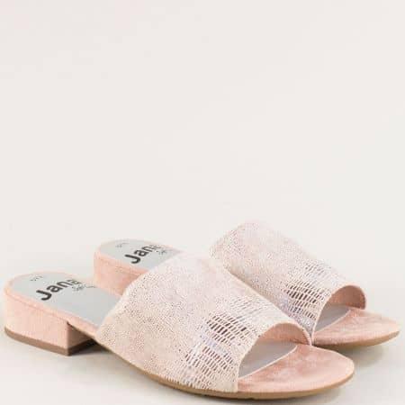 Бежови дамски чехли на нисък ток с луксозен блясък 827260bj