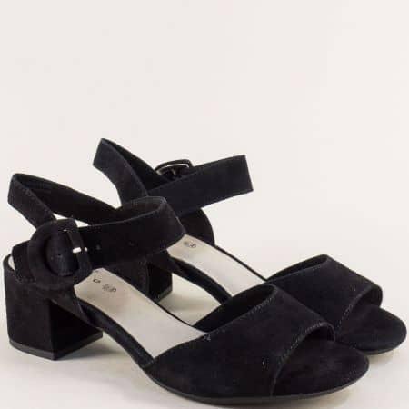 Велурени дамски сандали на среден ток в черен цвят- Jana 828301vch