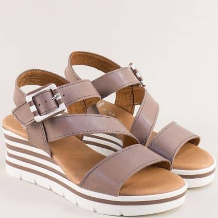Светло кафяви дамски сандали от естествена кожа на клин ходило- JANA 828310k