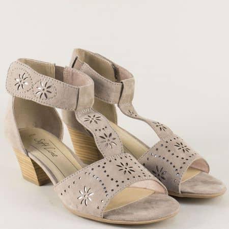Дамски сандали с лепка в бежов цвят на среден ток- Jana 828362vbj
