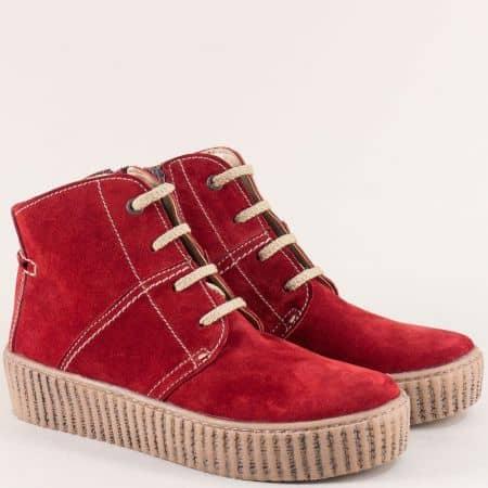 Шити дамски боти от естествен велур в червен цвят 850vchv