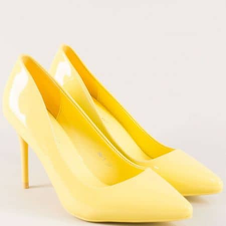 Жълти дамски обувки на висок ток  86j