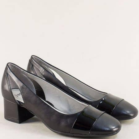 Дамски обувки на среден ток в черен цвят-  JANA 8822304ch