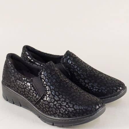 Дамски обувки с два ластик в черен цвят с принт- Jana 824701ch
