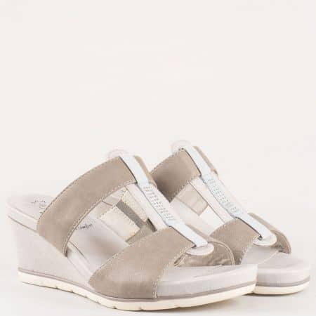 Дамски комфортни чехли изработени от висококачествена естествена кожа и тестил на немския производител Jana в сив цвят 8827200sv