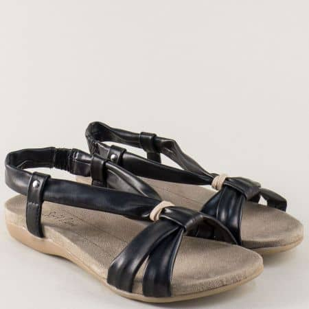 Дамски сандали в черен цвят на равно ходило- Jana 8828160ch