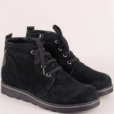 Черни дамски боти от естествен велур и каучук- Nota Bene 893vch