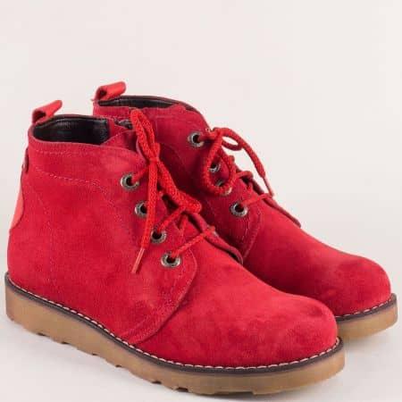 Червени дамски боти от естествен велур на равно ходило 893vchv
