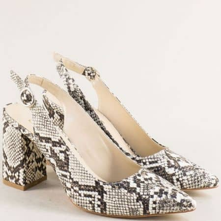 Дамски обувки със змийски принт в бежово и черно 898zchb