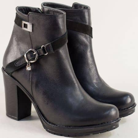 Черни дамски боти с декорация от естествена кожа 9108021ch