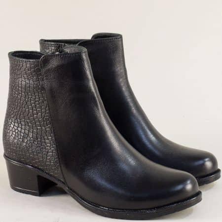 Дамски боти от естествена кожа и кроко лак в черен цвят 9132252krch