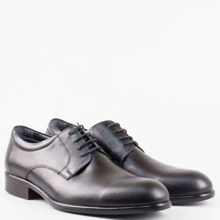 Мъжки елегантни обувки с класическа визия в черен цвят с връзки от естествена кожа 921ch
