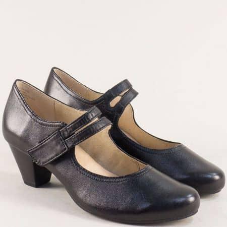 Кожени дамски обувки на среден ток в черен цвят- CAPRICE 924403ch