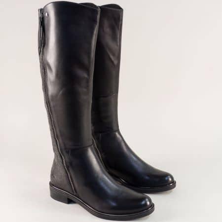 Черни дамски ботуши на нисък ток с интересен принт 925516ch