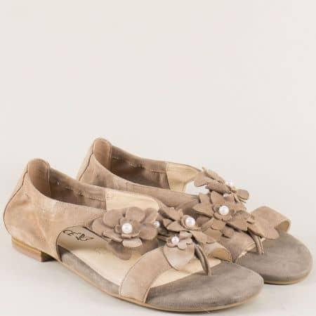 Бежови дамски сандали от естествен велур- Caprice 928102vbj