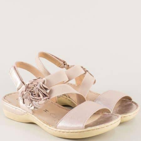 Дамски златни сандали на Caprice 928106zl