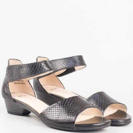 Дамски немски сандали на нисък ток от черна естествена кожа с лепка- Caprice 928202ch