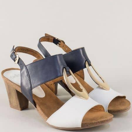 Кожени дамски сандали Caprice в бяло и синьо на среден ток 928308s