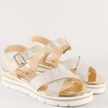 Златни дамски сандали на платформа с кожена стелка 928700zl