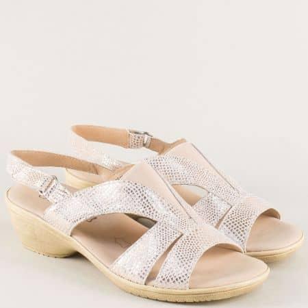 Анатомични дамски сандали на нисък ток в златисто 928708zl