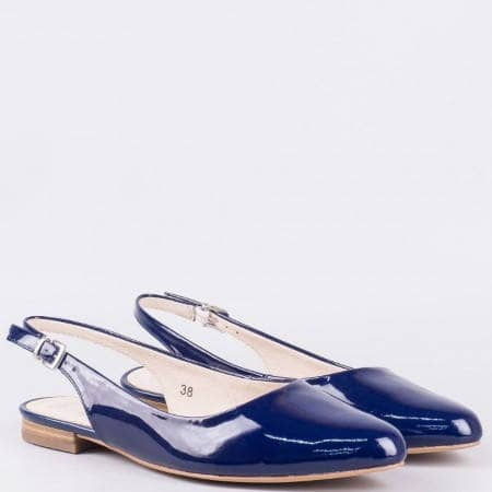 Лачени дамски обувки с отворена пета в син цвят- Caprice 929402ls