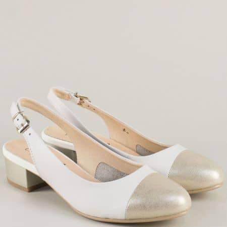 Дамска обувка в бяло на Caprice 929502b