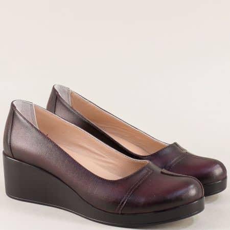 Кожени дамски обувки на клин ходило в цвят бордо 9563bd