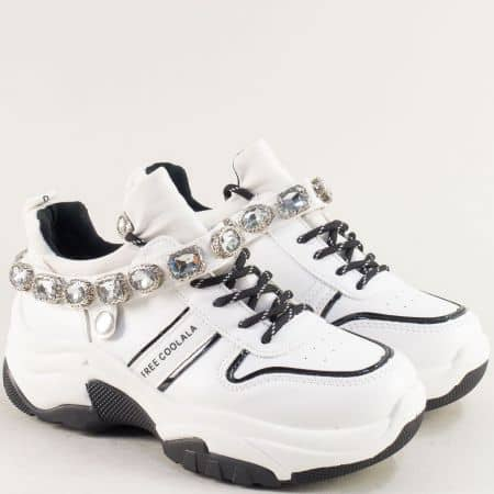 Бели дамски маратонки с камъчета на платформа 97012b